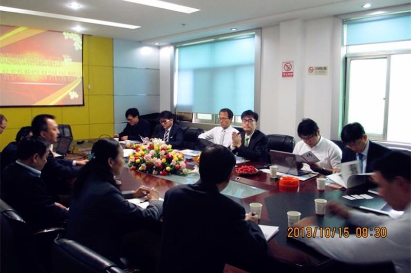 韩国现代相关领导到七星彩直播开奖在线播精密公司进行现场评审